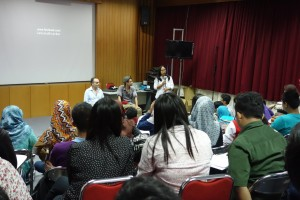TRILOGI JAWA: Indonesia-Tour 2014, University Gadjah Mada, Yogyakarta, Ascan Breuer, Victor Jaschke, Amalinda Savirani