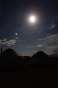 """JAKARTA DISORDER-Tour: """"Bir Duino Kyrgyzstan 2014"""", spending the night in the yurts on the high plains"""