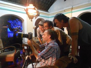 Team: Ascan Breuer (director), Tardjono Wignyopranoto (Dalang), Victor Jaschke (camera), Maruli Sihombing (assistent camera)